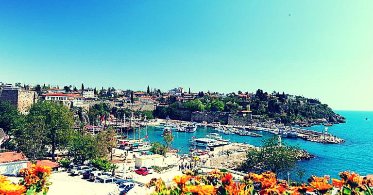 Antalya' da Mükemmel bir tatil geçirmek için 5 sebep