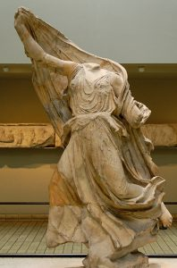 Likya'nın Xhanthos Kenti'nden İngiltere'nin British Müzesine kaçırılan  Nereidler heykelinden bir tanesi.