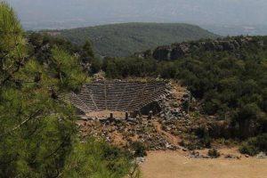 Pinara Antik Kenti Amfi Tiyatrosu.