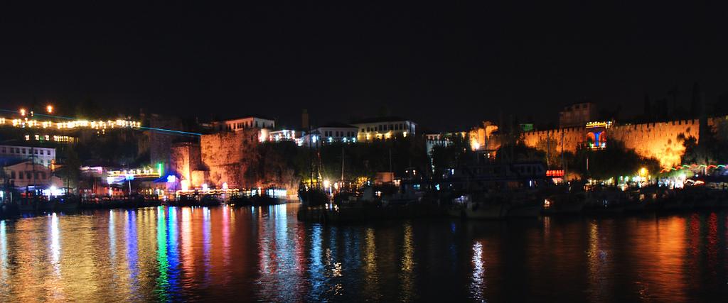 Antalya'nın Gece Hayatı