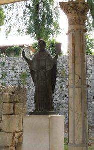 Aziz Nikolas