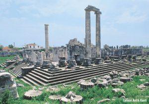 Letoon Antik Kenti'nde tapınaklar bölgesi. Kimbilir ne muhteşem tapınaklardı...