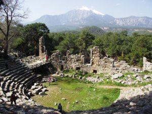 Phaselis tiyatrosu