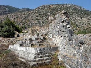 Platamion Anıtı