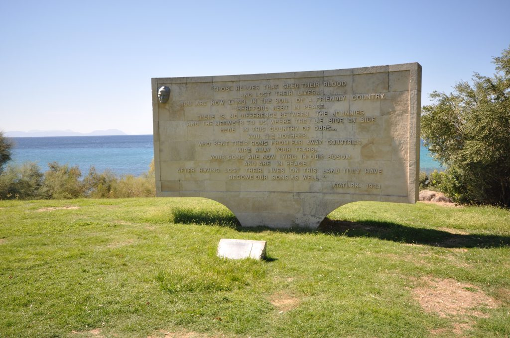 By Jorge Láscar from Australia (ANZAC Cove) [CC BY 2.0 (http://creativecommons.org/licenses/by/2.0)], via Wikimedia Commons