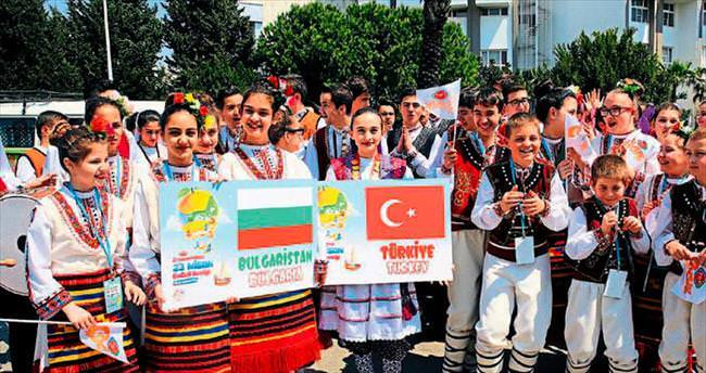https://www.sabah.com.tr/akdeniz/2015/04/16/cocuk-senligi-basladi