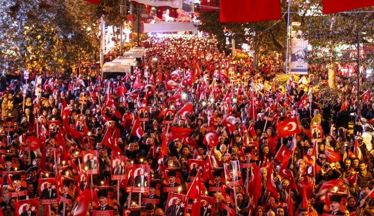 29 Ekim Cumhuriyet Bayramı ve Bundan 96 Yıl Öncesi