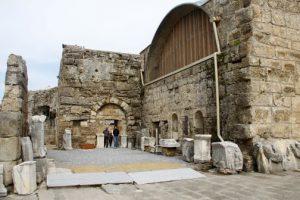 Side Hamamı günümüzde Side Arkeoloji Müzesi olarak kullanılmaktadır.